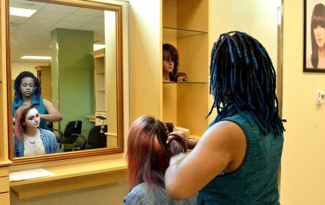 Keion Jones Expresses herself through Wando's Cosmetology Program