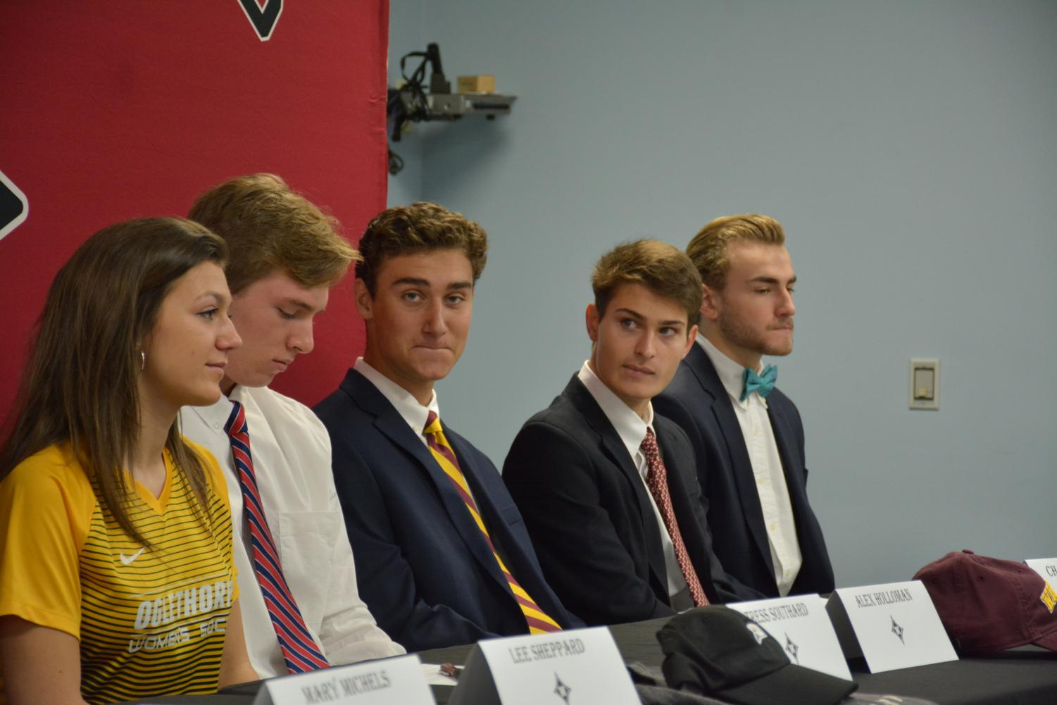 %28Left+to+right%29+Tress+Southard%2C+Alex+Holloman%2C+Carter+Jeffries%2C+Charlie+Marino%2C+and+Connor+McCarthy+look+to+the+side+after+signing.