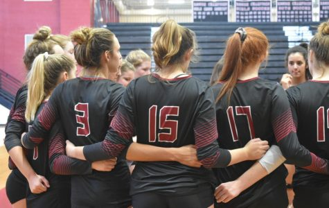 Wando Volleyball ties for third in Invitational