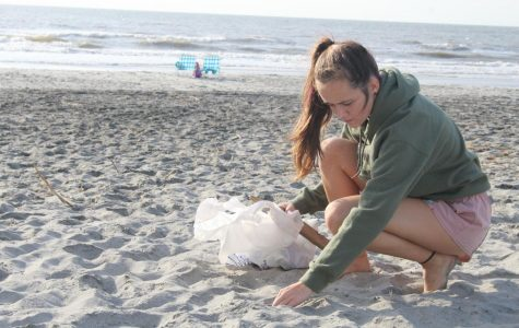 Wando Key Club joins with SC Sea Grant Consortium to keep our beaches clean