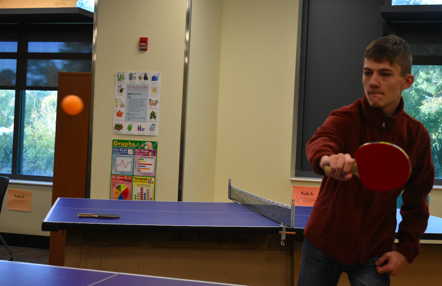 Gus Mounts competes against Andrew.