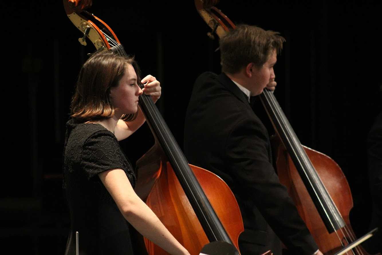 Hana Donnelly performs in an orchestra concert.