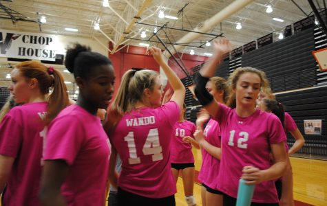 Volleyball defeats Stratford 3-0 (10/9)