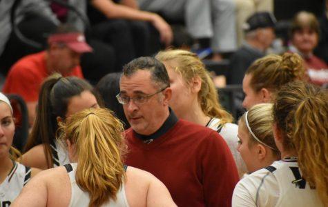 Girls Basketball Defeats Summerville, 61-51