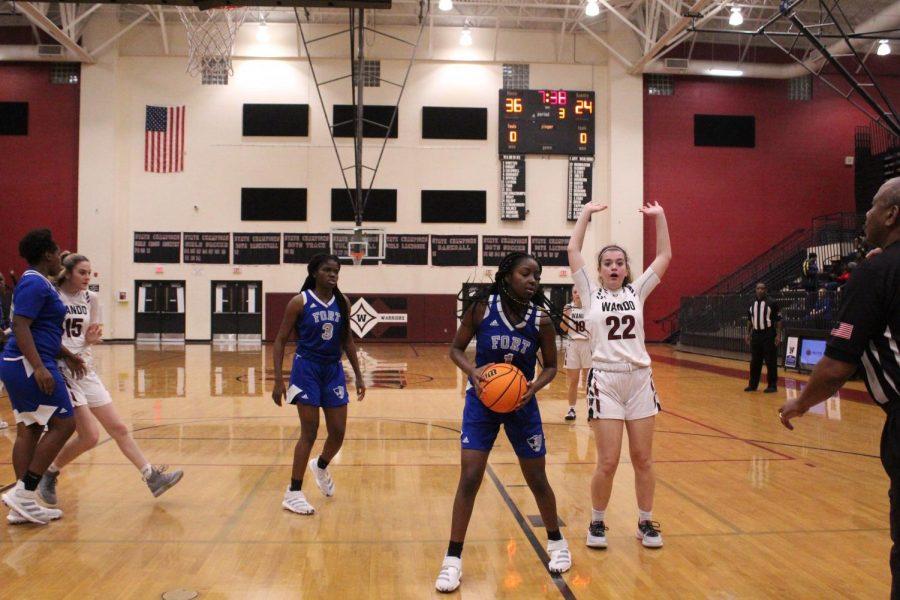 Girls Basketball Defeats Fort Dorchester, 58-54