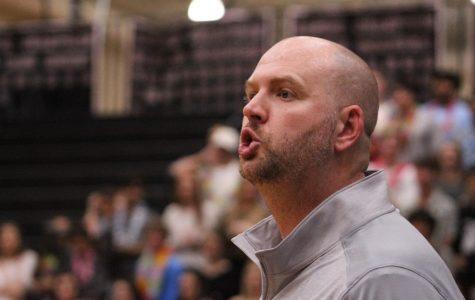 Boys Basketball Defeats Summerville, 57-52